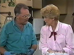 Harold Bishop, Madge Bishop in Neighbours Episode 1183