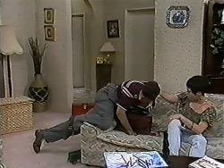 Joe Mangel, Kerry Bishop in Neighbours Episode 1183