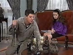 Joe Mangel, Lochy McLachlan in Neighbours Episode 1184