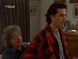 Marlene Kratz, Sam Kratz in Neighbours Episode 2229