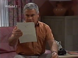 Lou Carpenter in Neighbours Episode 2230
