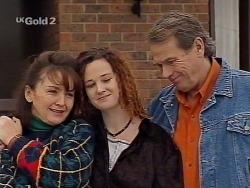 Pam Willis, Cody Willis, Doug Willis in Neighbours Episode 2230