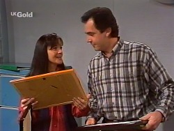 Susan Kennedy, Karl Kennedy in Neighbours Episode 2271