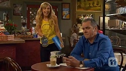 Georgia Brooks, Karl Kennedy in Neighbours Episode 6589