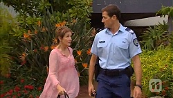 Susan Kennedy, Matt Turner in Neighbours Episode 6589