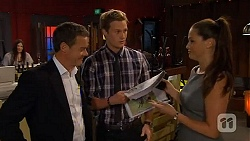 Paul Robinson, Andrew Robinson, Sarah Beaumont in Neighbours Episode 6590