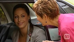Sarah Beaumont, Susan Kennedy in Neighbours Episode 6590