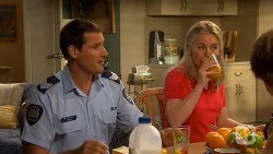 Matt Turner, Lauren Turner in Neighbours Episode 6592