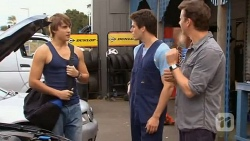 Mason Turner, Chris Pappas, Lucas Fitzgerald in Neighbours Episode 6592
