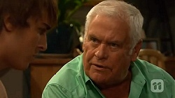 Mason Turner, Lou Carpenter in Neighbours Episode 6592