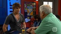 Mason Turner, Lou Carpenter in Neighbours Episode 6593