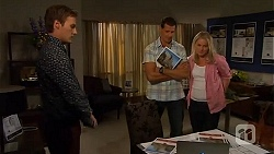 Andrew Robinson, Matt Turner, Lauren Turner in Neighbours Episode 6597