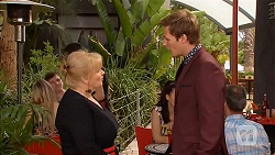Sheila Canning, Andrew Robinson in Neighbours Episode 6597