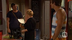 Rhys Lawson, Sheila Canning, Kyle Canning in Neighbours Episode 6597