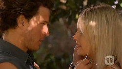 Robbo Slade, Amber Turner in Neighbours Episode 6597