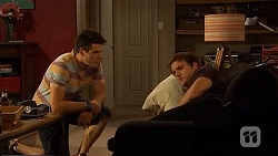 Chris Pappas, Kyle Canning in Neighbours Episode 6598