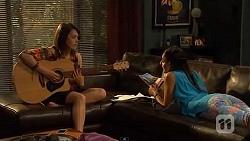 Sophie Ramsay, Rani Kapoor in Neighbours Episode 6599