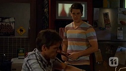 Rhys Lawson, Chris Pappas in Neighbours Episode 6599