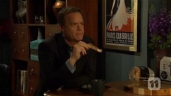 Paul Robinson in Neighbours Episode 6600