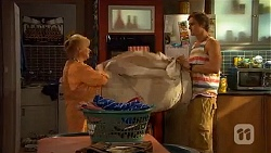 Sheila Canning, Kyle Canning in Neighbours Episode 6600