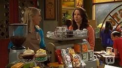 Lauren Turner, Kate Ramsay in Neighbours Episode 6600