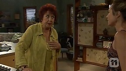 Angie Rebecchi, Sonya Rebecchi in Neighbours Episode 6601