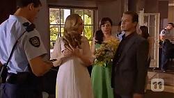Matt Turner, Sonya Mitchell, Vanessa Villante, Paul Robinson in Neighbours Episode 6602