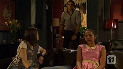 Sophie Ramsay, Kyle Canning, Rani Kapoor in Neighbours Episode 6603