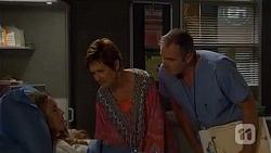 Sonya Rebecchi, Susan Kennedy, Karl Kennedy in Neighbours Episode 6604