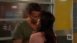 Lucas Fitzgerald, Vanessa Villante in Neighbours Episode 6604