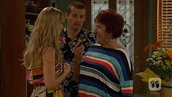 Georgia Brooks, Toadie Rebecchi, Angie Rebecchi  in Neighbours Episode 6605