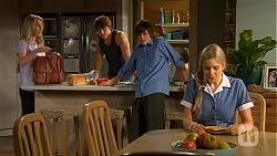 Lauren Turner, Mason Turner, Bailey Turner, Amber Turner in Neighbours Episode 6607
