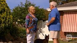 Sheila Canning, Lou Carpenter in Neighbours Episode 6608