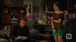 Paul Robinson, Sophie Ramsay in Neighbours Episode 6609
