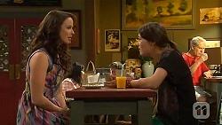 Kate Ramsay, Sophie Ramsay in Neighbours Episode 6610