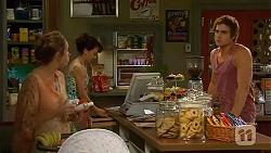 Sonya Rebecchi, Vanessa Villante, Kyle Canning in Neighbours Episode 6610