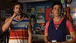 Kyle Canning, Chris Pappas in Neighbours Episode 6611
