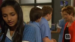 Rani Kapoor, Bailey Turner, Callum Rebecchi, Susan Kennedy in Neighbours Episode 6611
