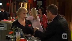 Sheila Canning, Paul Robinson in Neighbours Episode 6612