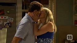 Matt Turner, Lauren Turner in Neighbours Episode 6614