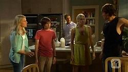 Lauren Turner, Bailey Turner, Matt Turner, Amber Turner, Mason Turner in Neighbours Episode 6615