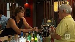 Mason Turner, Lou Carpenter in Neighbours Episode 6616