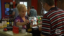 Sheila Canning, Karl Kennedy in Neighbours Episode 6620