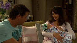 Lucas Fitzgerald, Patrick Villante, Vanessa Villante in Neighbours Episode 6622