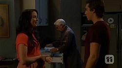 Kate Ramsay, Lou Carpenter, Mason Turner in Neighbours Episode 6623