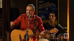Karl Kennedy, Ajay Kapoor in Neighbours Episode 6625