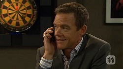 Paul Robinson in Neighbours Episode 6630