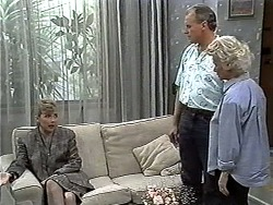 Beverly Marshall, Jim Robinson, Helen Daniels in Neighbours Episode 1185