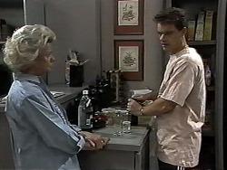 Helen Daniels, Paul Robinson in Neighbours Episode 1185