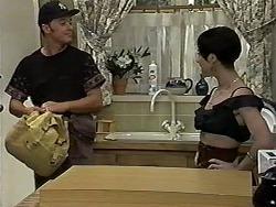 Matt Robinson, Kerry Bishop in Neighbours Episode 1185